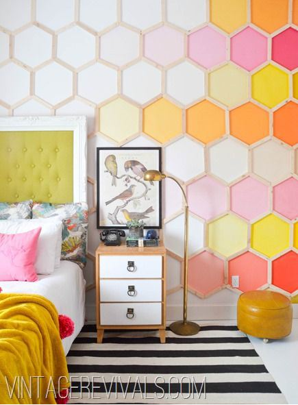 Beautiful use of colour. Image from vintage revival.com