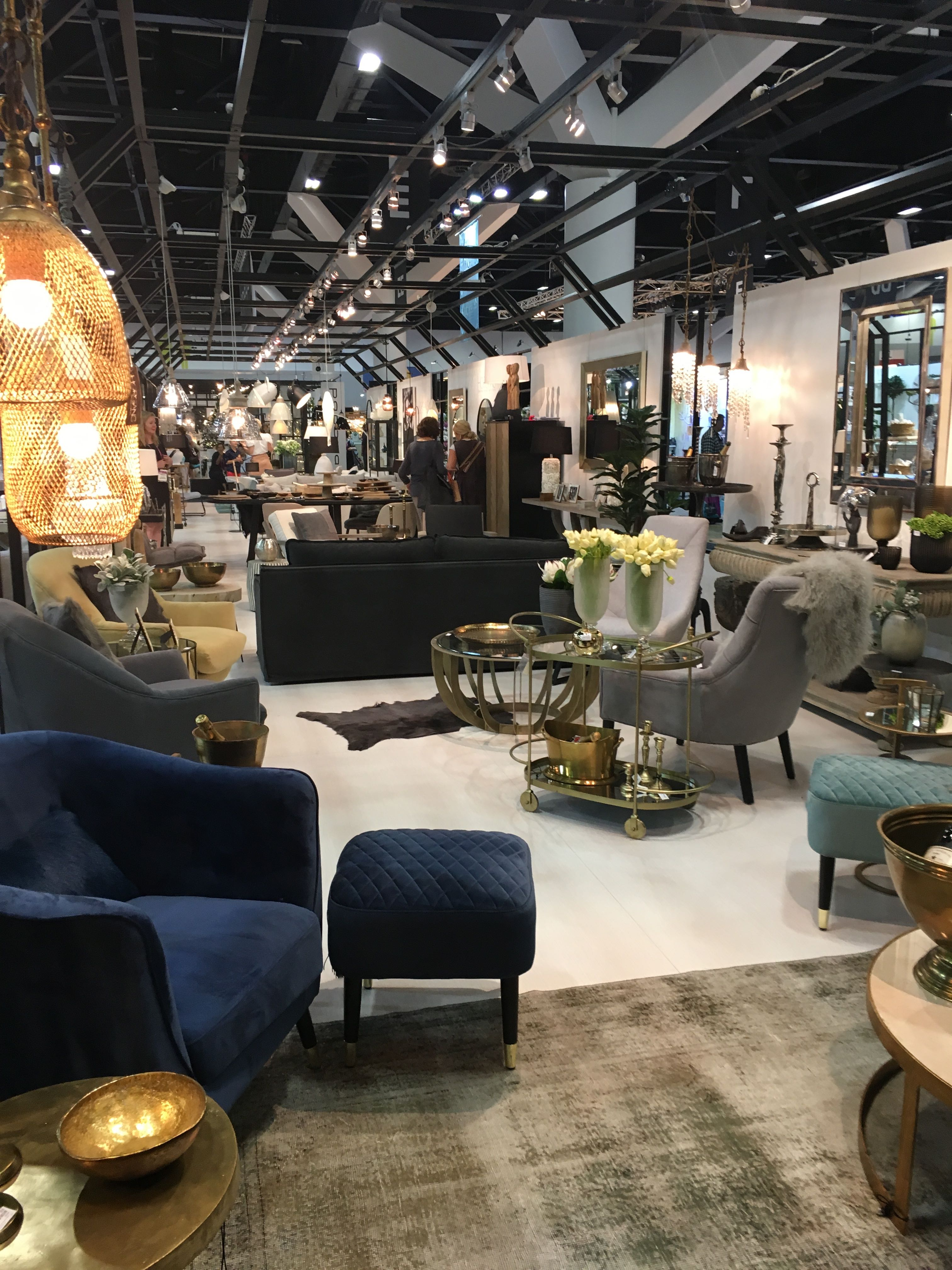 Trade Show Report 2017 featuring upcoming trends and colour schemes